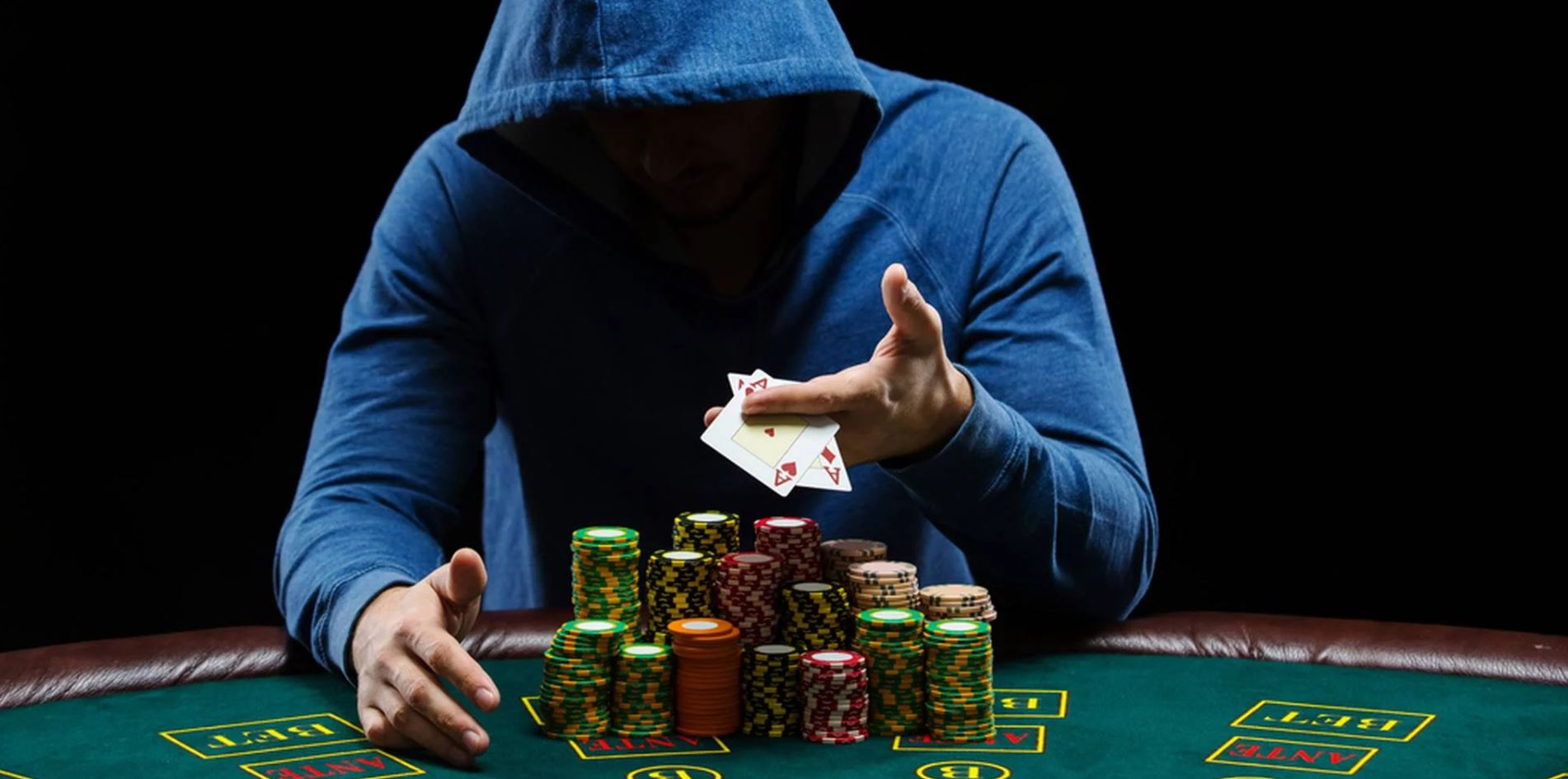 spelar poker