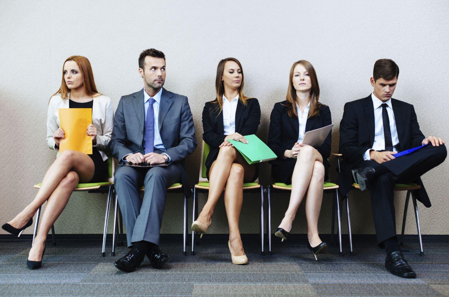 hittar ett jobb