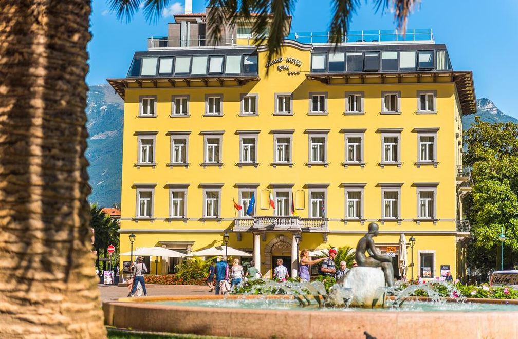 Grand Hôtel och Hotel Rival