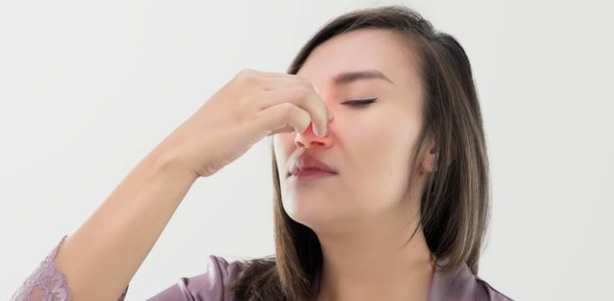 stopping-nosebleed